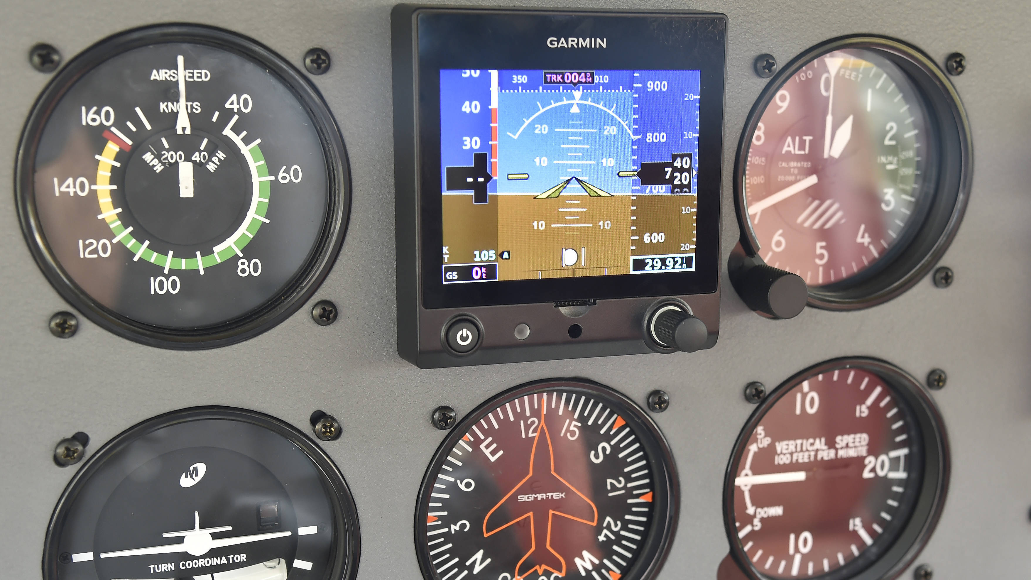 Garmin's G5 electronic attitude indicator is shown installed in the AOPA Sweeps 172 during EAA AirVenture at Wittman Regional Airport in Oshkosh July 28. Photo by David Tulis.