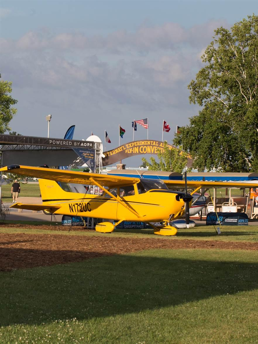 An AOPA You Can Fly 172 in display at the front of the AOPA campus. Jim Moore photo.