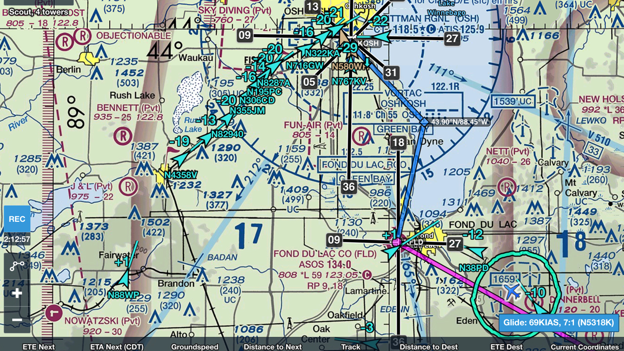 Scout displays traffic into Oshkosh, Wisconsin, on ForeFlight.