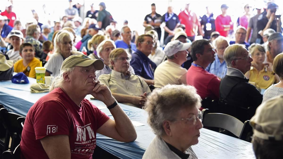 Attendees listen to AOPA President and CEO Mark Baker during a Pilot Town Hall at the Sun 'n Fun International Fly-In and Expo in Lakeland, Florida, Wednesday, April 11, 2018. Photo by David Tulis.