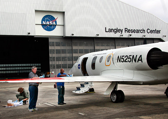 Researchers at NASA's Langley Research Center flight tested eight non-stick coatings to see if they could reduce bug residue on planes. Credit: NASA Langley/David C. Bowman