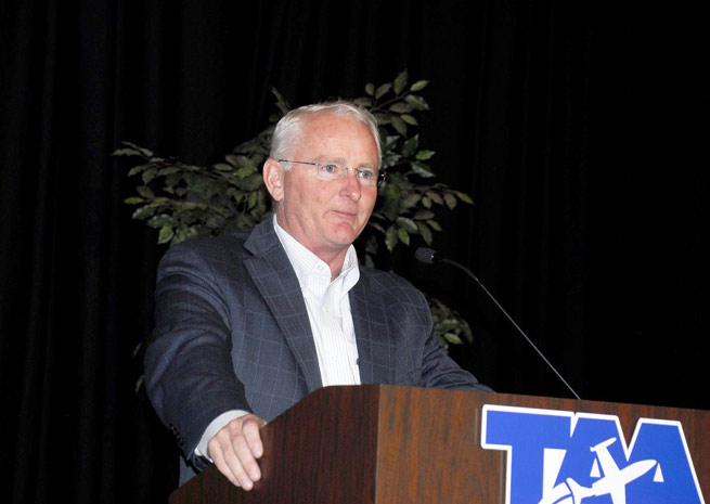 AOPA President Mark Baker speaks at the Tennessee Airports Conference. Photo by George Hornal, courtesy of the Tennessee Aviation Association.